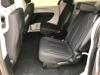 2017 Chrysler Pacifica LX Farmington, MN 5