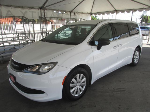 2017 Chrysler Pacifica LX Gardena, California