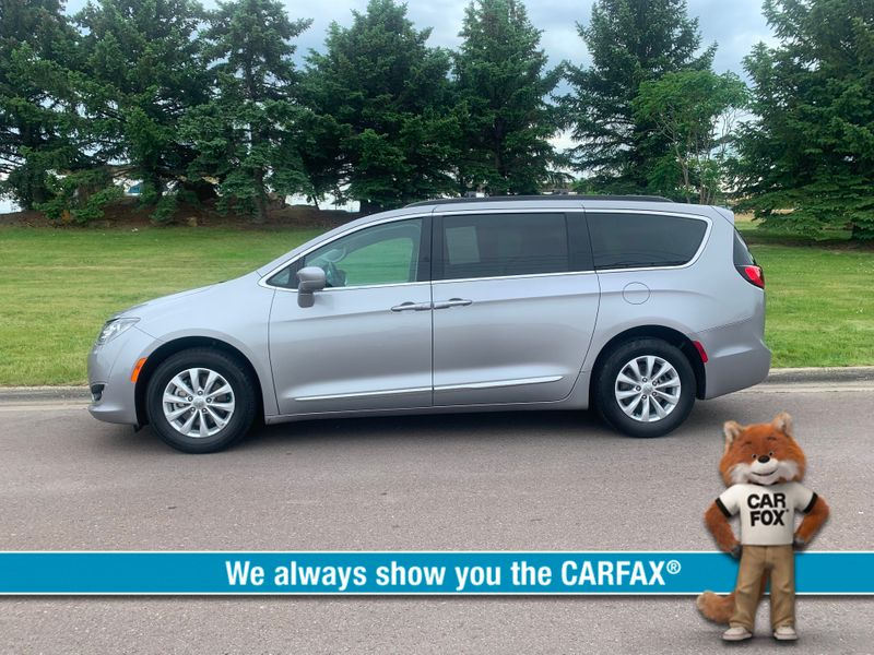 2017 Chrysler Pacifica Touring-L  city MT  Bleskin Motor Company   in Great Falls, MT