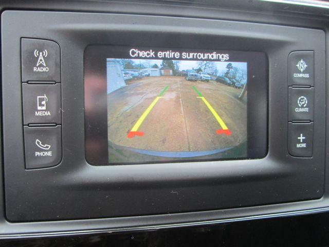 2017 Chrysler Pacifica Touring Houston, Mississippi 10