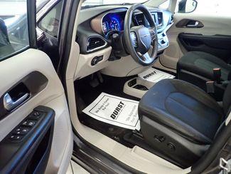 2017 Chrysler Pacifica LX Lincoln, Nebraska 4