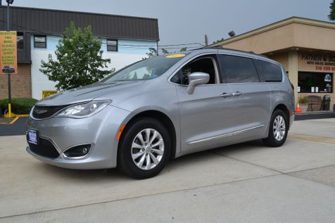 2017 Chrysler Pacifica Touring-L in Lynbrook, New