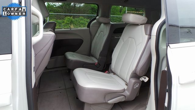 2017 Chrysler Pacifica Touring-L Plus Madison, NC 11