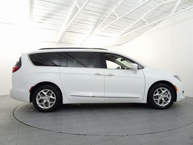 2017 Chrysler Pacifica Touring L in McKinney, Texas 75070