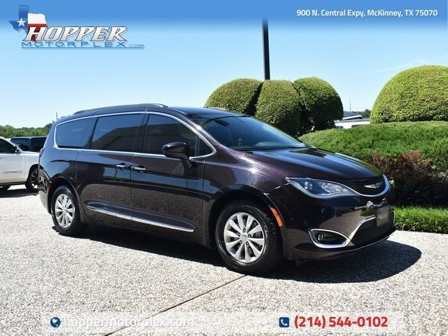 2017 Chrysler Pacifica Touring-L in McKinney, TX 75070