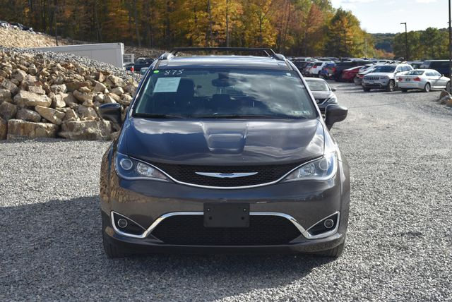 2017 Chrysler Pacifica Touring-L Plus Naugatuck, Connecticut 7