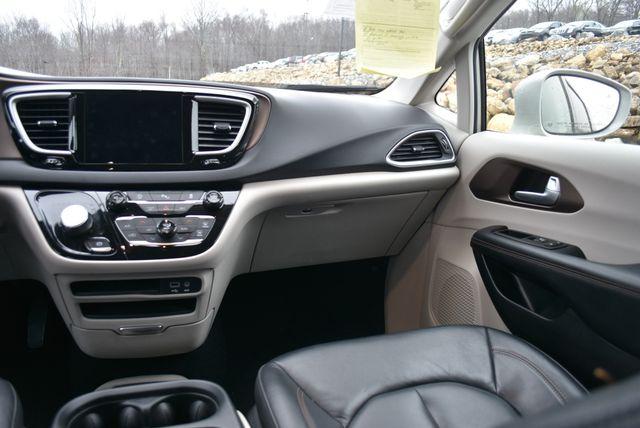 2017 Chrysler Pacifica Touring-L Naugatuck, Connecticut 15