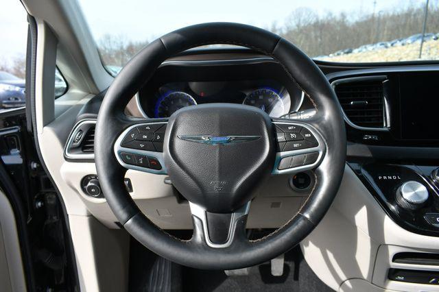 2017 Chrysler Pacifica Touring-L Plus Naugatuck, Connecticut 22