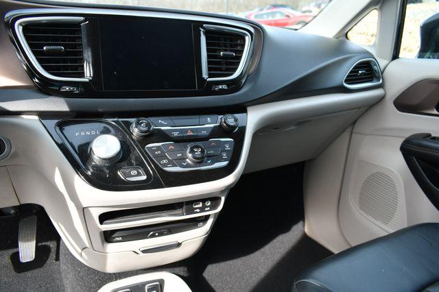 2017 Chrysler Pacifica Touring-L Plus Naugatuck, Connecticut 23