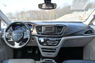 2017 Chrysler Pacifica Touring-L Naugatuck, Connecticut 16