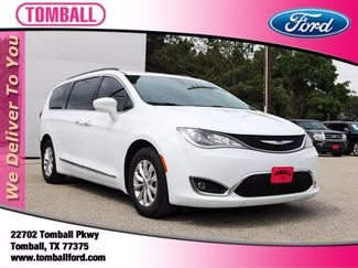 2017 Chrysler Pacifica Touring-L in Tomball, TX 77375