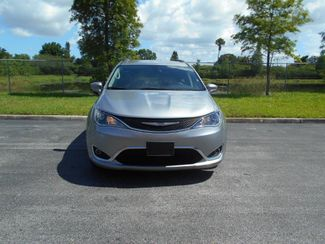 2017 Chrysler Pacifica Touring-L Wheelchair Van - DEPOSIT Pinellas Park, Florida 2