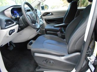 2017 Chrysler Pacifica Touring Wheelchair Van Handicap Ramp Van Pinellas Park, Florida 6