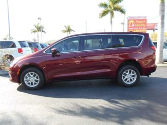 2017 Chrysler Pacifica Touring Wheelchair Van Handicap Ramp Van Pinellas Park, Florida 2