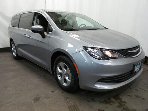 2017 Chrysler Pacifica LX in Victoria, MN