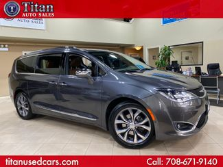 2017 Chrysler Pacifica Limited in Worth, IL 60482