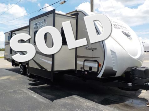 2017 Coachmen Freedom Express Liberty Edition 321FEDSLE  in Clearwater, Florida