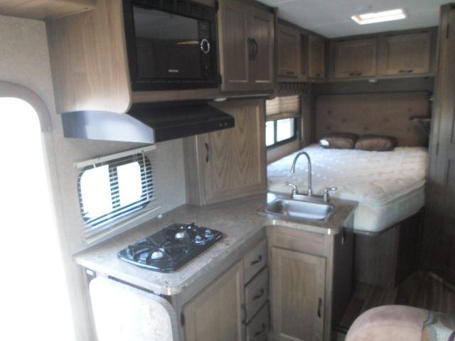2017 Coachmen Freelander 20CBT Salem, Oregon 6