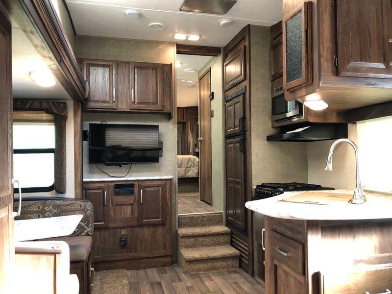 2017 Cougar 246RLSWE   in Avondale, AZ