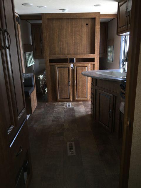 2017 Crossroads Z-1 225RB Mandan, North Dakota 9