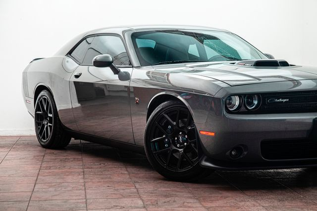2017 Dodge Challenger 392 Hemi Scat Pack Shaker in Addison, TX 75001