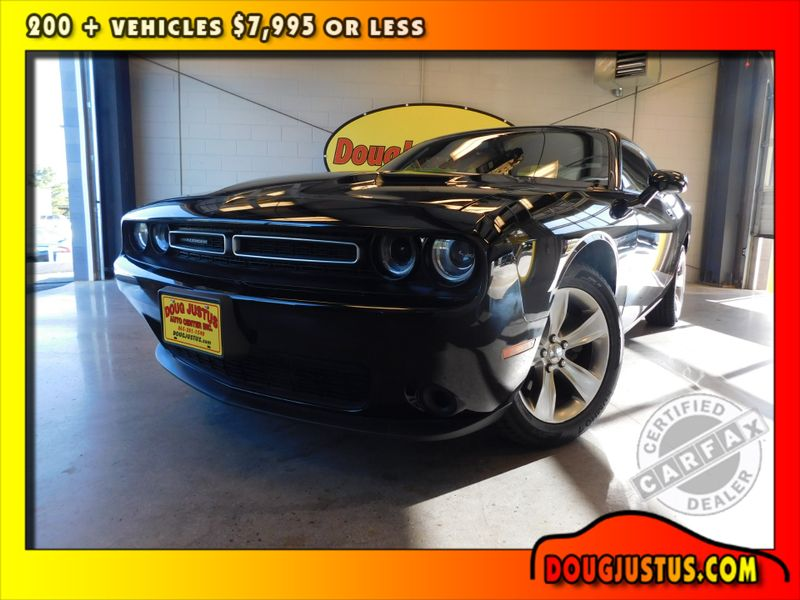 2017 Dodge Challenger SXT  city TN  Doug Justus Auto Center Inc  in Airport Motor Mile ( Metro Knoxville ), TN