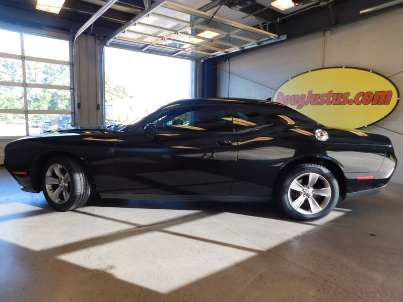 2017 Dodge Challenger SXT  city TN  Doug Justus Auto Center Inc  in Airport Motor Mile ( Metro Knoxville ), TN