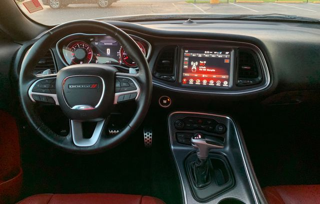 2017 Dodge Challenger SXT Plus LEATHER SEATS in Memphis, Tennessee 38115