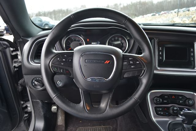 2017 Dodge Challenger SXT Naugatuck, Connecticut 12