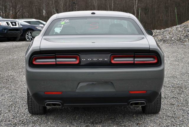 2017 Dodge Challenger SXT Naugatuck, Connecticut 3