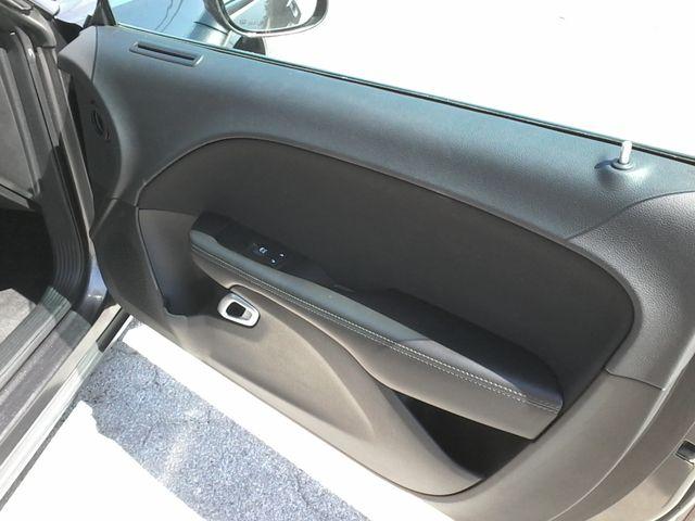 2017 Dodge Challenger R/T Boerne, Texas 24