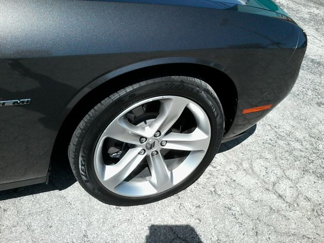2017 Dodge Challenger R/T Boerne, Texas 39