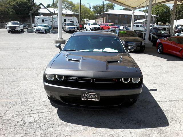 2017 Dodge Challenger R/T Boerne, Texas 8