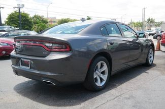 2017 Dodge Charger SXT Hialeah, Florida 3