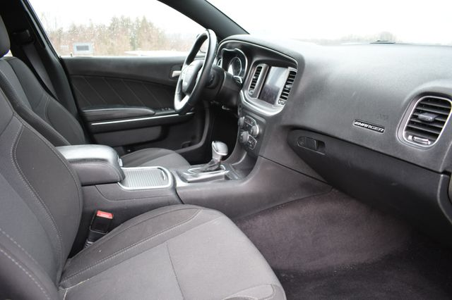 2017 Dodge Charger SXT Naugatuck, Connecticut 2