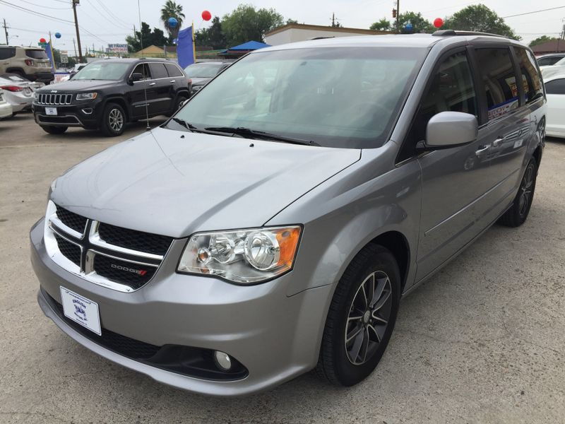2017 Dodge Grand Caravan SXT  Brownsville TX  English Motors  in Brownsville, TX