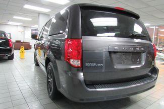 2017 Dodge Grand Caravan GT W/ NAVIGATION SYSTEM/ BACK UP CAM Chicago, Illinois 4