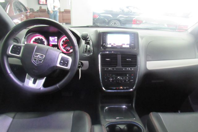 2017 Dodge Grand Caravan GT W/ NAVIGATION SYSTEM/ BACK UP CAM Chicago, Illinois 20
