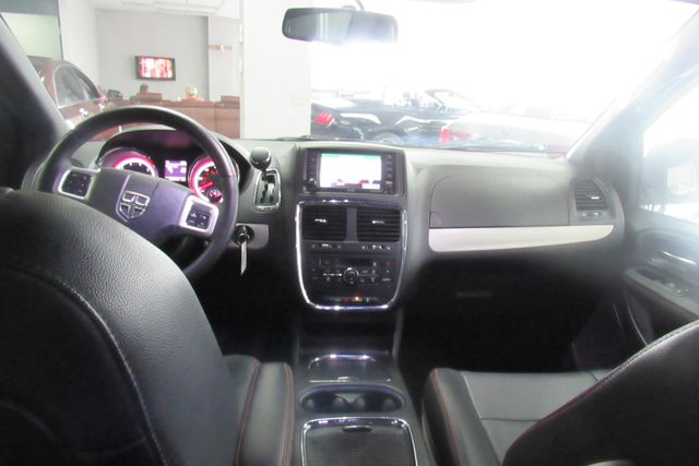 2017 Dodge Grand Caravan GT W/ NAVIGATION SYSTEM/ BACK UP CAM Chicago, Illinois 21