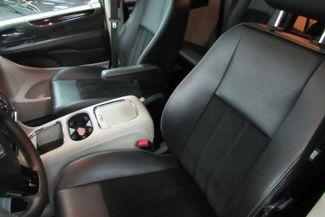 2017 Dodge Grand Caravan SXT W/ BACK UP CAM Chicago, Illinois 19
