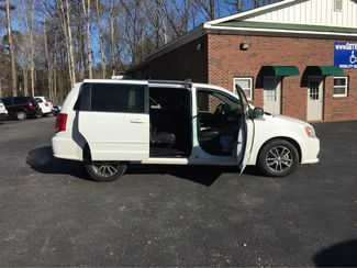 2017 Dodge Grand Caravan SXT handicap wheelchair accessible Dallas, Georgia 18