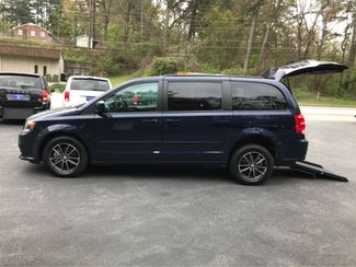 2017 Dodge Grand Caravan GT handicap wheelchair van Dallas, Georgia 3