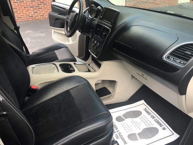 2017 Dodge Grand Caravan SXT handicap wheelchair accessible Dallas, Georgia 26