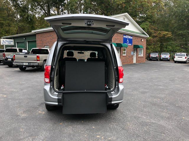 2017 Dodge Grand Caravan SE handicap Accessible Wheelchair Van Dallas, Georgia 3