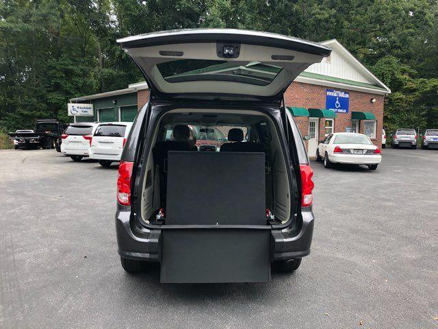 2017 Dodge Grand Caravan Handicap wheelchair accessible van Dallas, Georgia 3