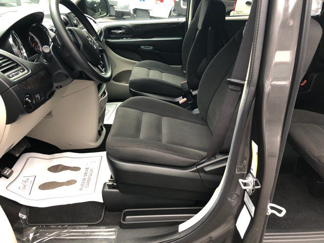 2017 Dodge Grand Caravan Handicap wheelchair accessible van Dallas, Georgia 10