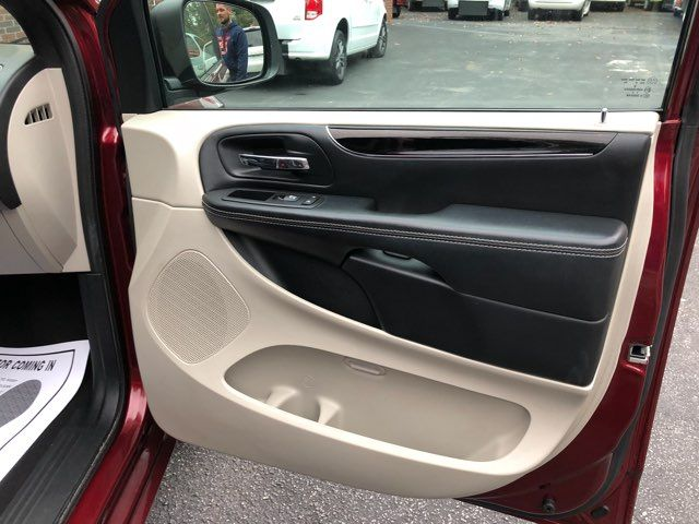 2017 Dodge Grand Caravan SXT Dallas, Georgia 27