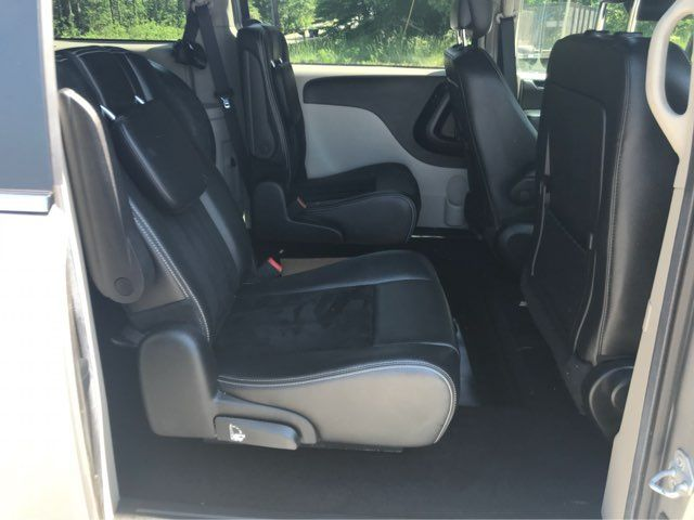2017 Dodge Grand Caravan handicap wheelchair accessible van Dallas, Georgia 21