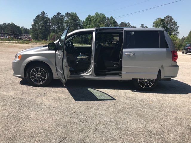2017 Dodge Grand Caravan handicap wheelchair accessible van Dallas, Georgia 8