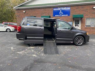 2017 Dodge Grand Caravan SXT handicap wheelchair side entry van in Atlanta, Georgia 30132
